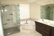 Bathroom Contractor Clermont FL, Bathroom remodel and renovations, shower remodel, bathroom flooring, shower repair, vanity replacement, Orlando, Windermere, Winter park, Minneola, Groveland, Ocoee, Winter Garden Florida | CSL Construction